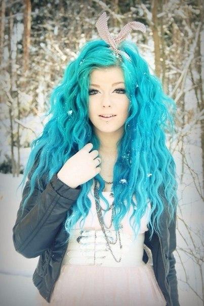Окраска волос в бирюзовый