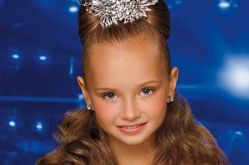как завить волосы девочке на праздник