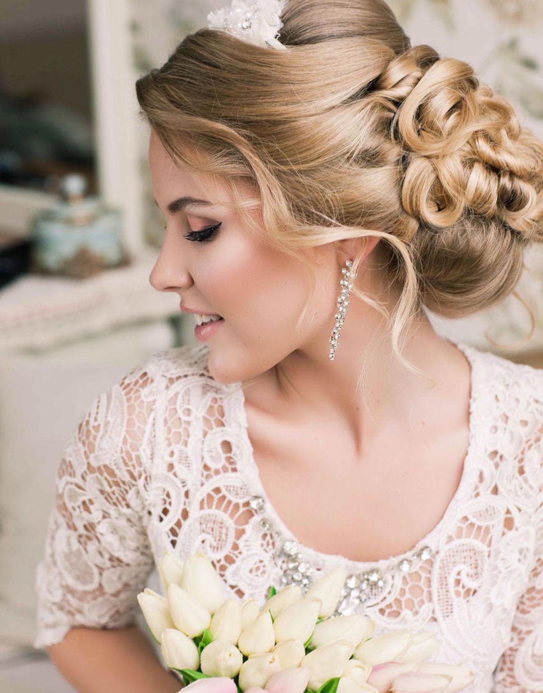 Прическа для свадьбы на средние волосы фото