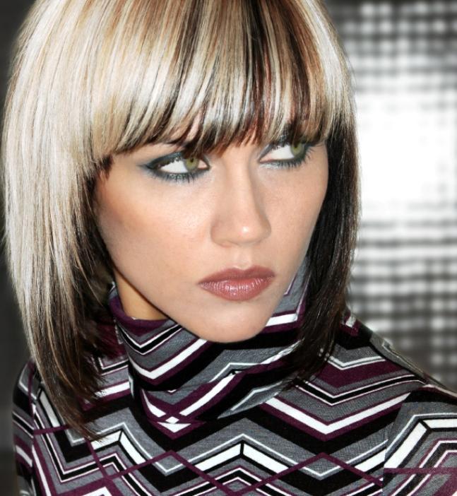 Мелирование на белые волосы черными прядями фото