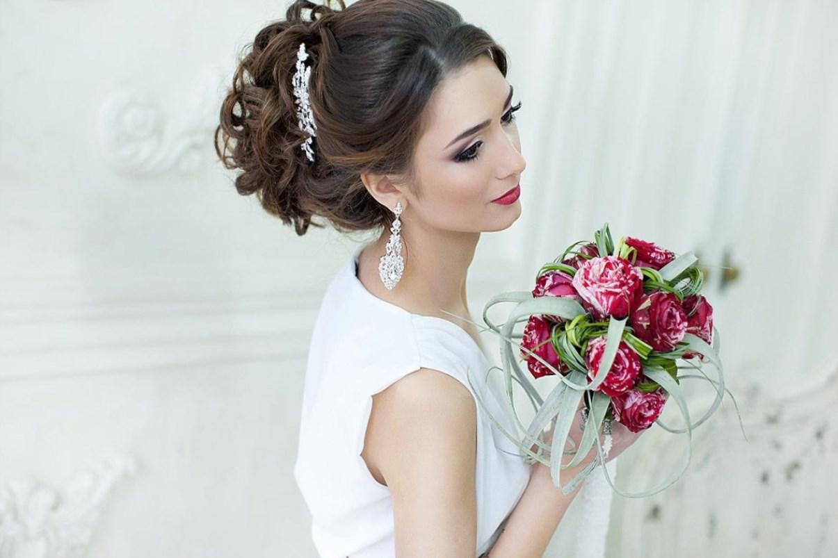 Свадебная прическа на средние волосы без фаты фото