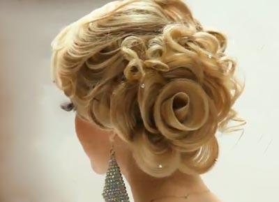 Волосы в виде розы