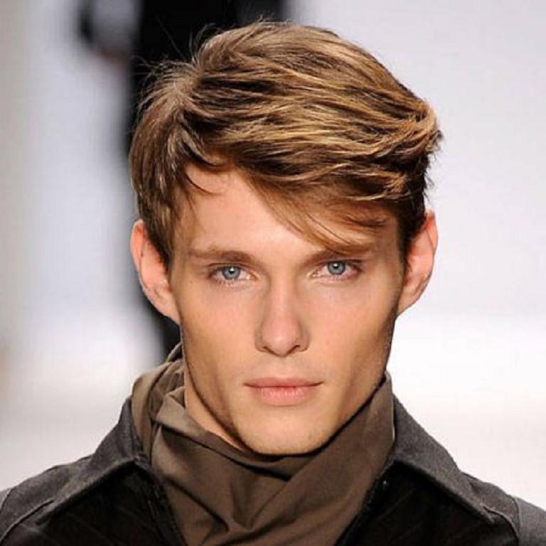 Мужская причёска на средние волосы с чёлкой