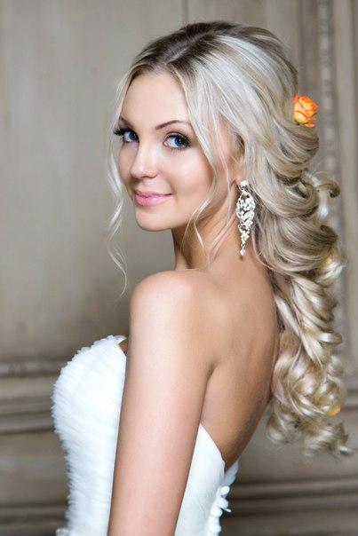 Причёски на свадьбу для невесты на длинные волосы