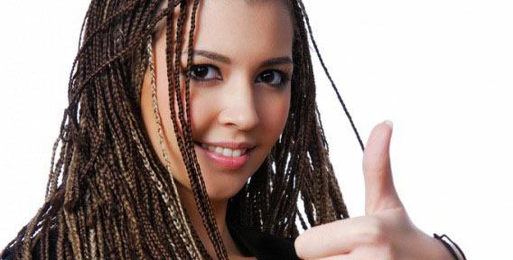 Африканские мотивы на сильных волосах – это просто прекрасно