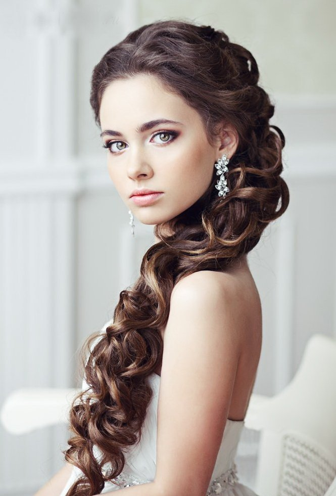 Свадебные прически на длинные волосы 2015 с челкой