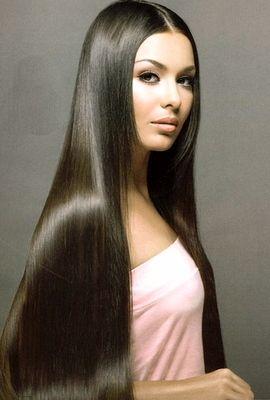 Длинные волосы – это уже и есть привлекательная прическа