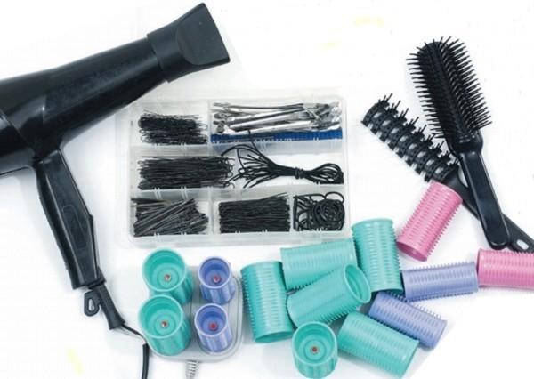 Для каждой прически могут понадобиться разные инструменты и аксессуары