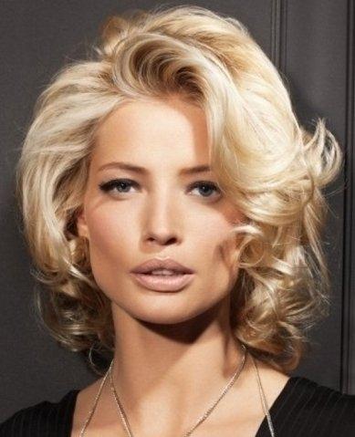 Бигуди для волос средней длины