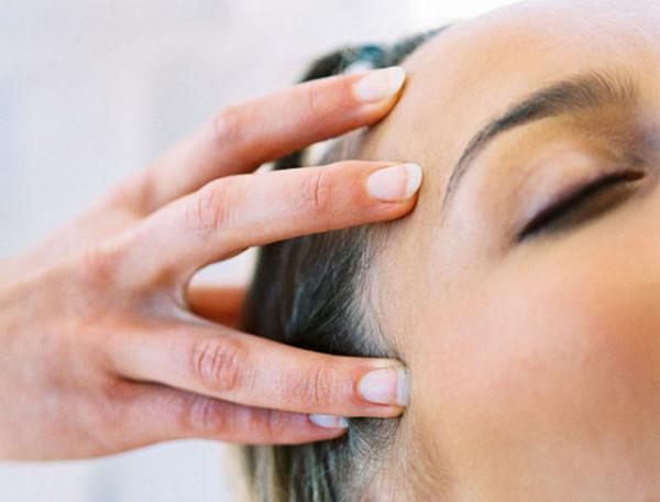 Ежедневно делайте массаж головы