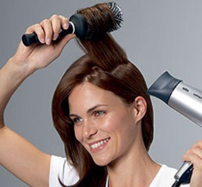 Укладка волос с помощью фена
