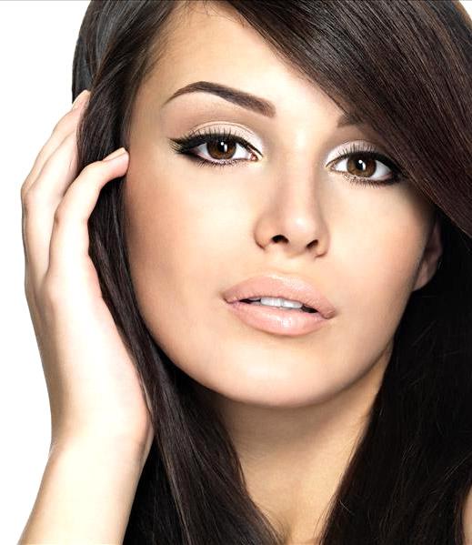 Форму бровей подобрать для овальной формы лица легче всего