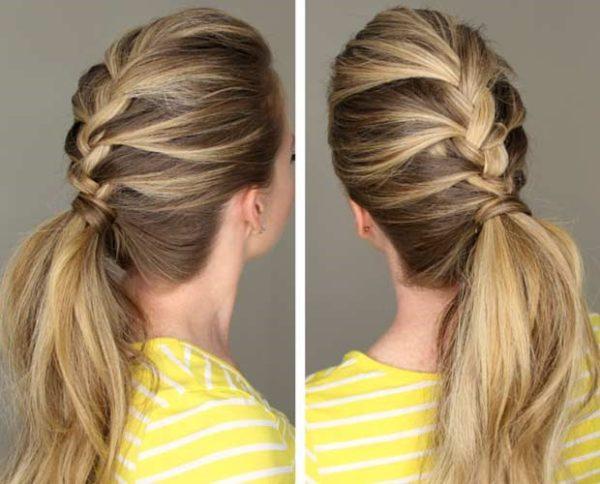 Фото варианта универсальной укладки для средних волос с косой и аккуратным хвостом