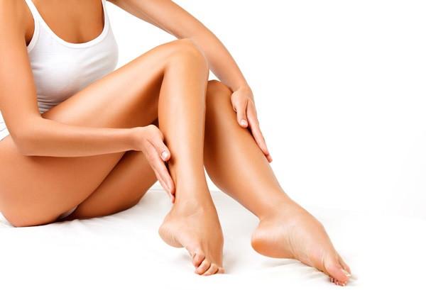 Гладкие женские ноги – предмет восхищения всех мужчин