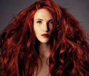 хна на темные волосы красный