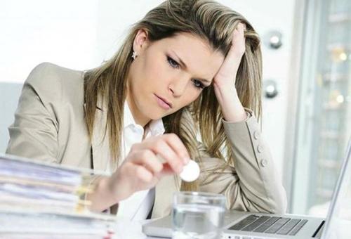Хронический стресс – первый враг волос