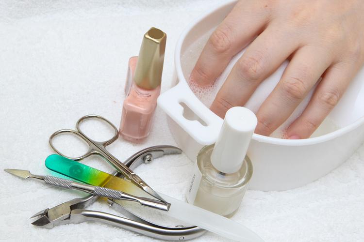 Инструменты для обрезной маникюр