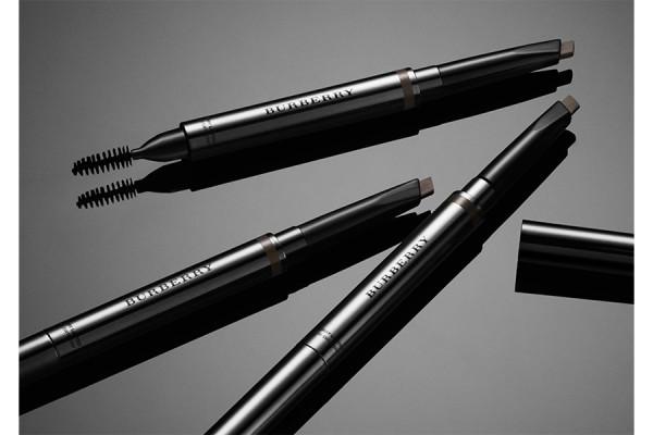 Карандаши для бровей Effortless Eyebrow Definer Burberry Eyes Burberry Make-up