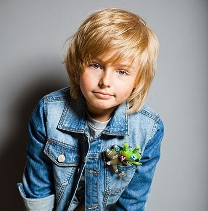 Стрижки на средние волосы мальчикам