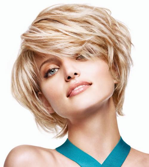 Стильные стрижки для круглого лица и тонких волос