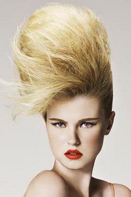 Короткие волосы – это еще не значит, что вам нужно забыть о пышных прическах.