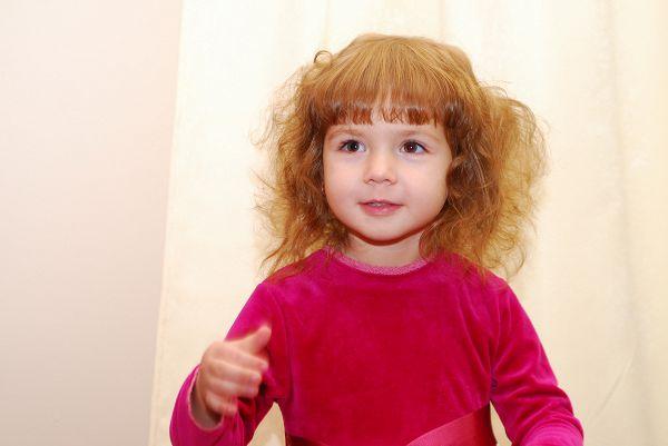 Легкий беспорядок даст возможность вашей девчушке выглядеть весьма оригинально