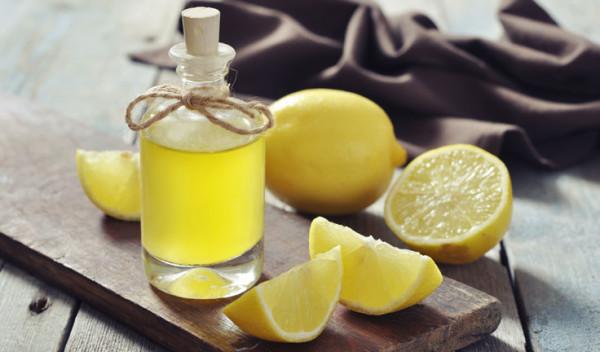 Лимон – лак для волос из вашего холодильника