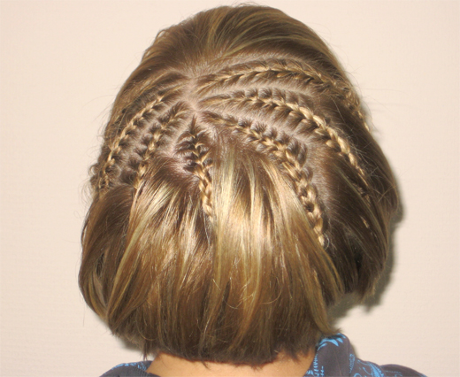 Как сделать колоски на короткие волосы