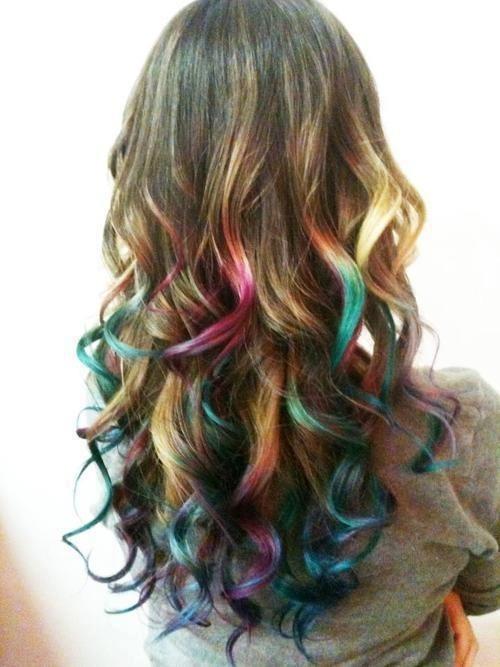 яркие кончики на темных волосах фото