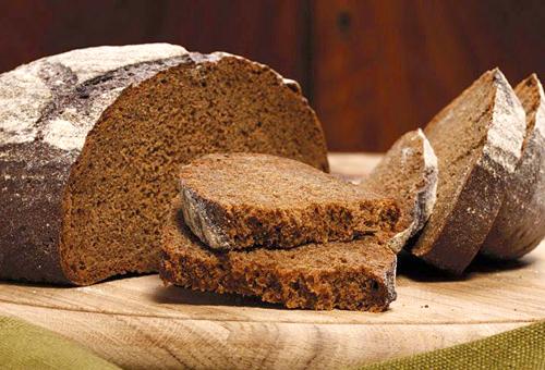 Маска для волос с ржаным хлебом и кефиром