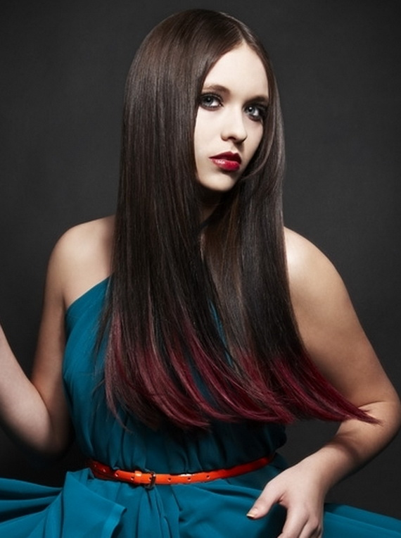 Красные концы на темных волосах