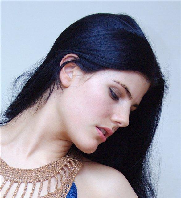 Сине-чёрный цвет волос