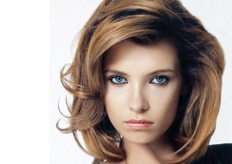 Объемные стрижки на средние волосы - 96a