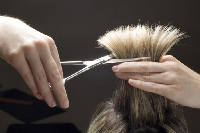 Можно ли стричь волосы в день своего рождения
