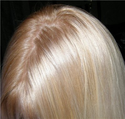Как правильно блондинкам красить корни волос