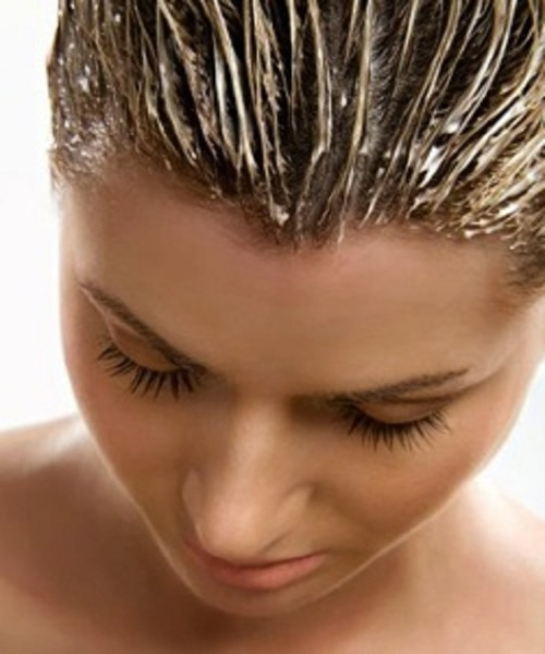 Питание и увлажнение волос ускорят процесс их роста