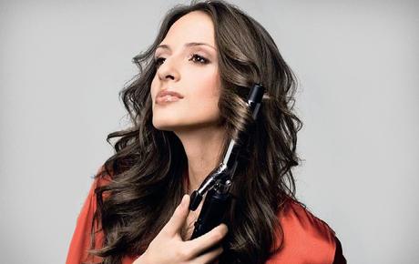 Пользоваться таким парикмахерским приспособлением может каждый, но как сделать это правильно?