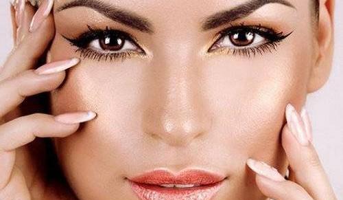 После правильно выполненной процедуры ваши брови будут смотреться ярко и натурально