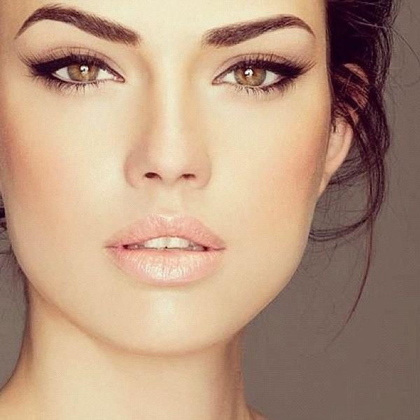 Правильно подстриженные брови смотрятся привлекательно вне зависимости от тенденций моды