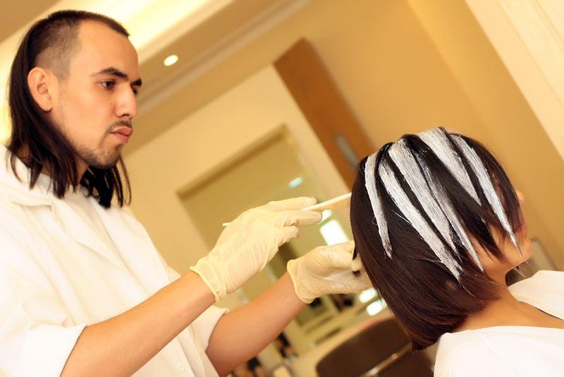 Сомбре техника выполнения используется на все волосы