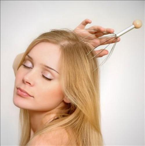 Проводить массаж таким образом легко и просто, а цена приспособления доступна каждому.