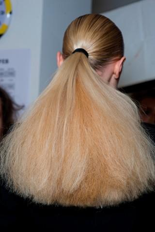 Прическа при тонких пушащихся волосах