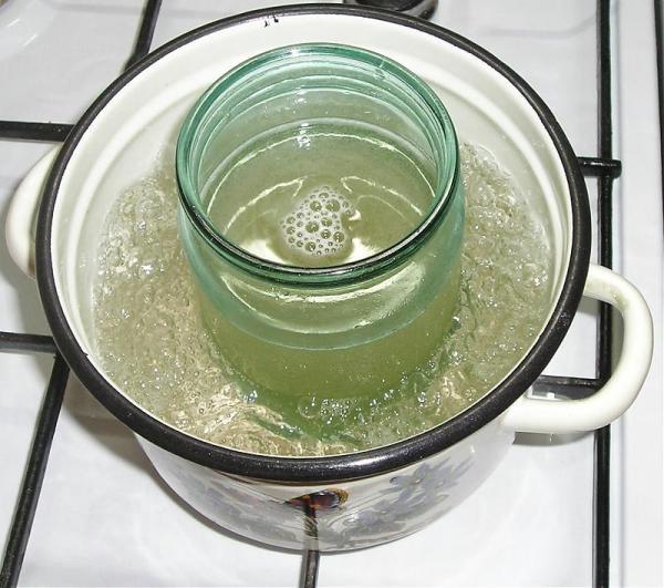 Растапливая желатин на водяной бане, не позволяйте ему закипать