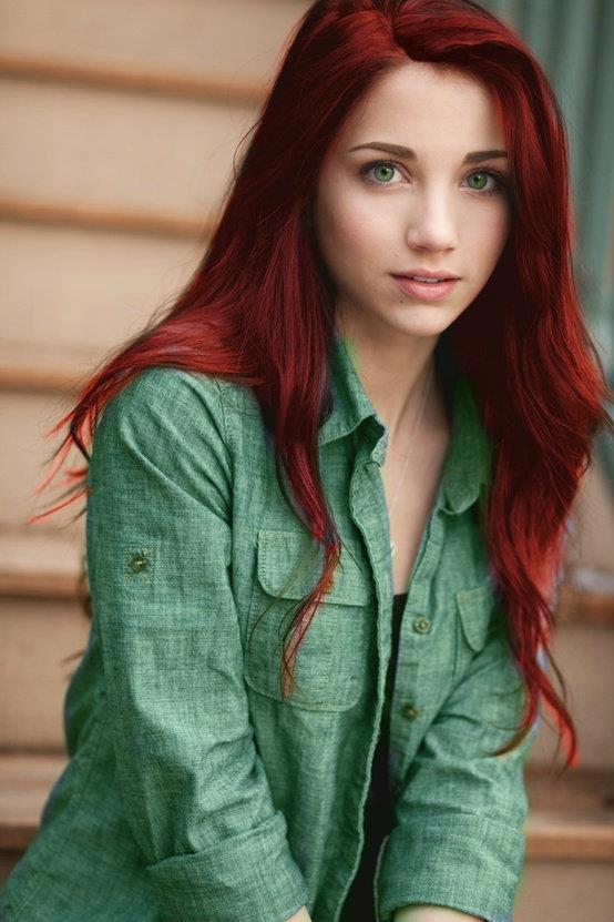 Фото цвет волос зеленые глаза