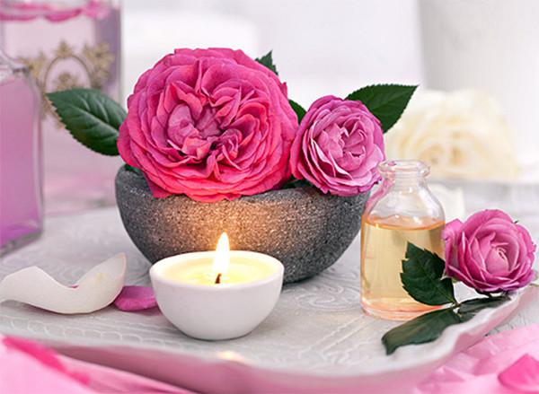 Розовое масло для волос подарит нашей прическе здоровье и красоту