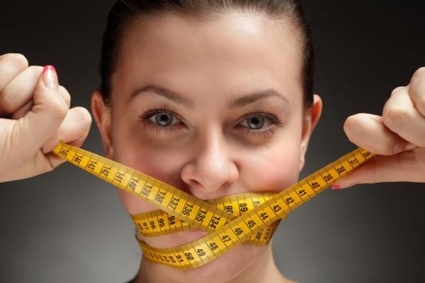 «Сбросила 21 кг за месяц» такими рекламными лозунгами пестрят социальные сети и блоги, но вряд ли кто-то предупредит вас о последствиях