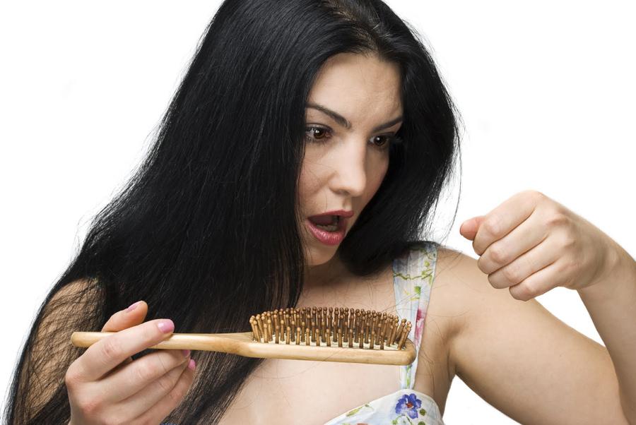 Что делать с волосами с расчески