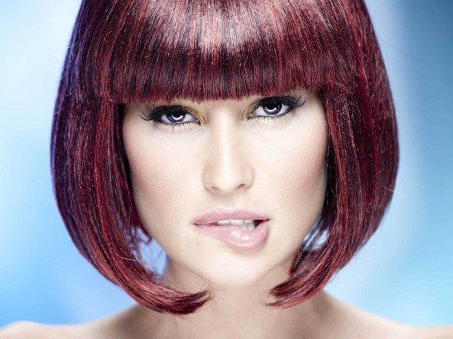 Волосы цвет баклажан