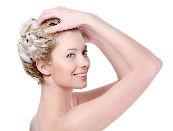 Спланируйте проведение процедуры так, чтобы не мыть после нее голову минимум 3-4 дня