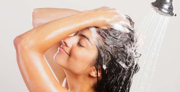Как правильно наносить средства для волос